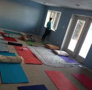 caitlin iles yoga